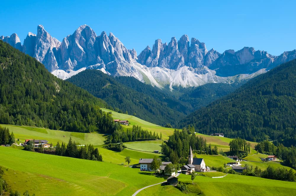 places to travel in italy
